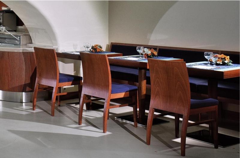 Sedie In Legno Moderne : Sedie in legno moderne